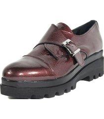 zapato cuero hebilla lateral burdeo mailea