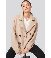 na-kd balloon sleeve short coat - beige