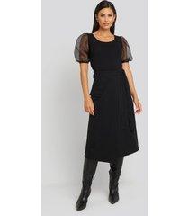 trendyol waist binding overlap midi skirt - black