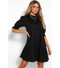 gesmokte jurk met hoge hals, zwart