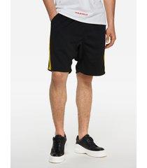 pantalones cortos casuales negros de verano con rayas laterales amarillas de cintura elástica para hombres