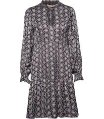 insanely right dress knälång klänning multi/mönstrad odd molly