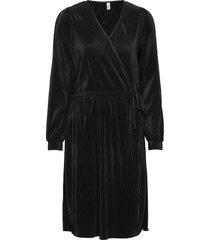 sc-nellie knälång klänning svart soyaconcept