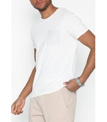 selected homme slhkristian aop ss o-neck tee w t-shirts & linnen offwhite
