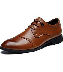 scarpe eleganti da uomo di grandi dimensioni con puntale in pizzo