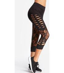 legging negro cortado floral patrón de cintura alta yoga