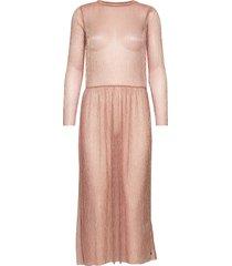 dress long sleeved in lurex knälång klänning rosa coster copenhagen