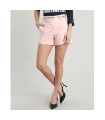 short feminino básico com cinto rosa claro