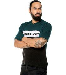 camiseta verde-blanco-negro reebok
