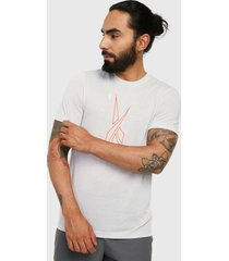camiseta gris reebok myt graphic