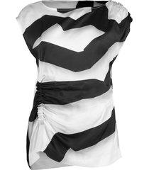 black and white ceto striped top