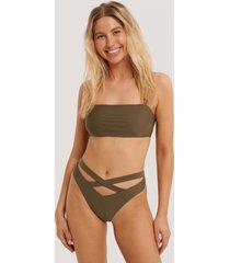 na-kd swimwear bikinitrosa maxi med korslagda band och hög midja - brown