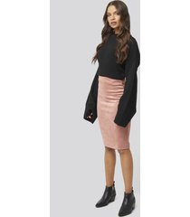 na-kd faux suede high waist skirt - pink