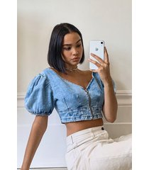 puff sleeve denim crop top, light blue