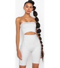 akira smoothed out cutout romper