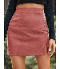 minifalda de pana informal con dobladillo con abertura de yoins basics