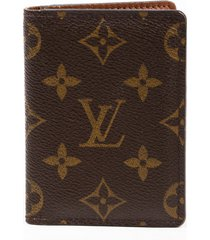 louis vuitton porte carte pass vertical card case brown monogram coated canvas brown/monogram sz: