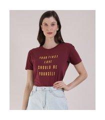 "t-shirt feminina mindset first love"" manga curta decote redondo vinho"""