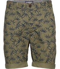 international chino short shorts chinos shorts grön superdry