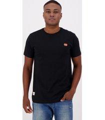 camiseta ecko fashion basic preta e coral