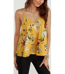 top camisero amarillo con cuello en v y estampado floral al azar