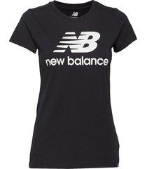 essentials stacked logo tee t-shirts & tops short-sleeved svart new balance