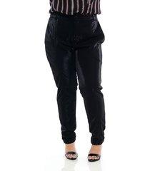 calça alfaiataria glow preta plus size