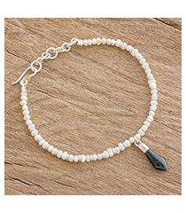 cultured pearl and jade beaded bracelet, 'sharp style' (guatemala)