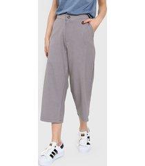 pantalón gris mochi sensitiva