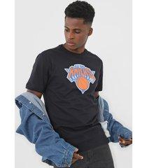 camiseta new era new york  knicks preta - preto - masculino - dafiti