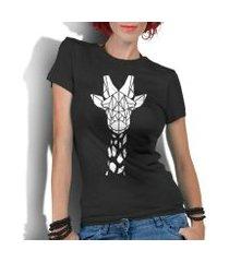 camiseta criativa urbana girafa tribal