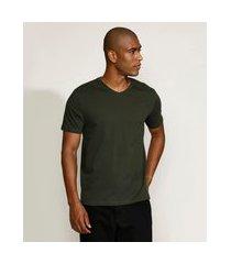 camiseta masculina básica manga curta gola v verde militar