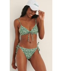 na-kd swimwear recycled bikiniunderdel med knytdetalj - green