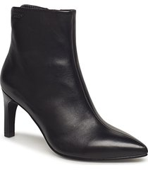 whitney shoes boots ankle boots ankle boots with heel svart vagabond