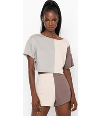 akira the easy t crop top