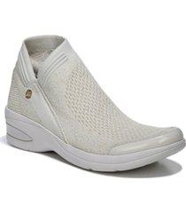 bzees romance washable booties women's shoes