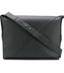 bottega veneta maxi weave messenger bag - black