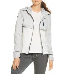 women's on weather water repellent hooded jacket, size medium - grey