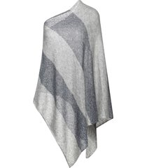 bruno manetti capes & ponchos