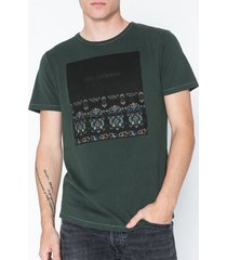 premium by jack & jones jprgray bla. tee ss crew neck t-shirts & linnen mörk grön