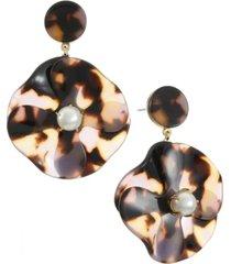 trifari gold-tone flower drop earring