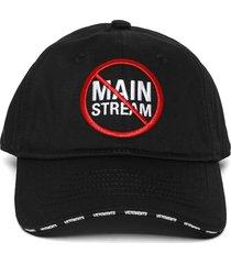 no mainstream logo cap black and red