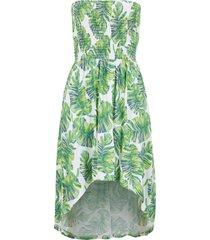 strandklänning i bandeaumodell