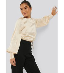 na-kd party drawstring detail satin blouse - nude