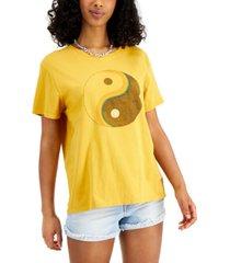junk food women's yin yang-graphic cotton t-shirt