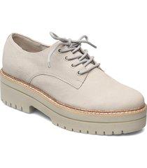 woms lace-up snörade skor låga grå tamaris