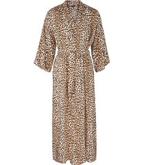 amanda leopard kimono