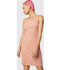 vestido converse rosa - calce ajustado