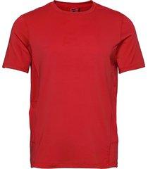 adv essence ss tee m t-shirts short-sleeved röd craft