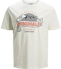 plus size t-shirt logo